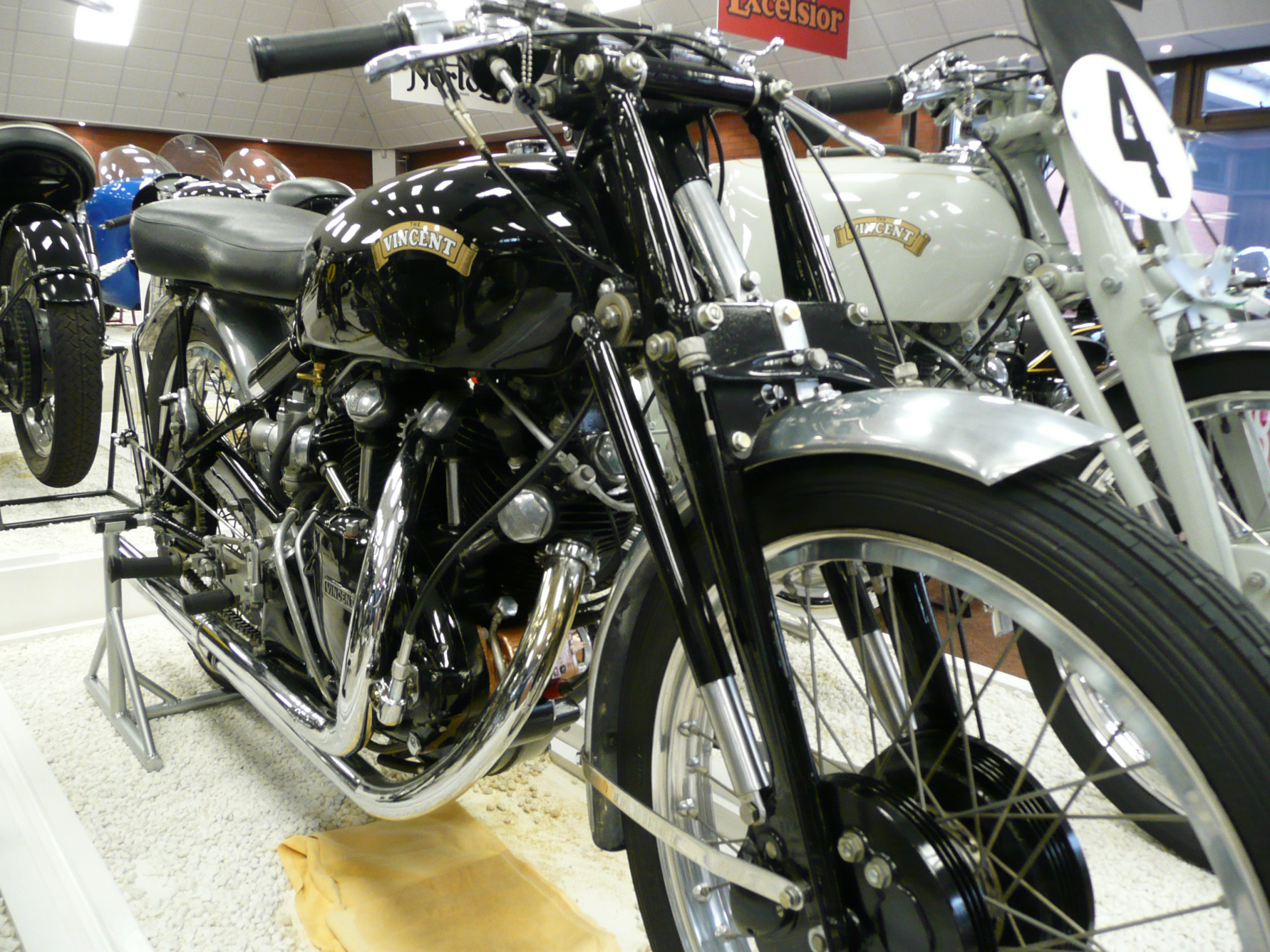 Vincent Series C Black Lightning